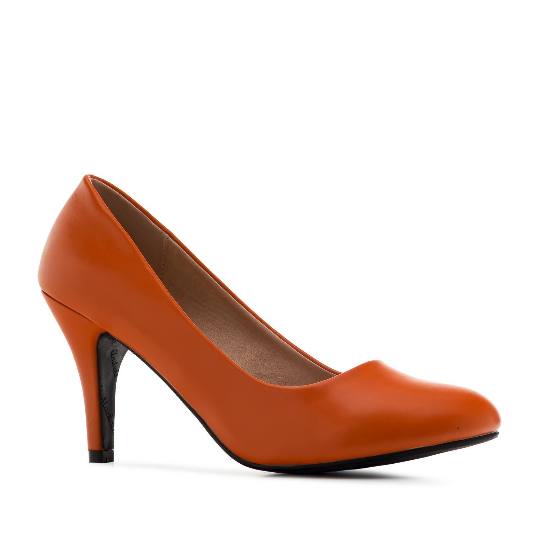 Retro Pumps in Orange faux Soft-Leather