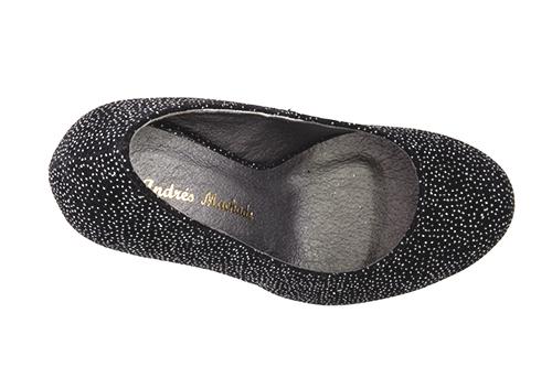 Zapatos en Ante Negro con Brillo y Plataforma.