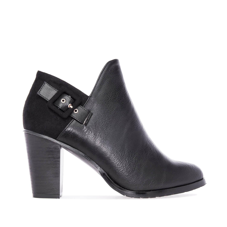 Zapato abotinado en Soft y Ante Negro.