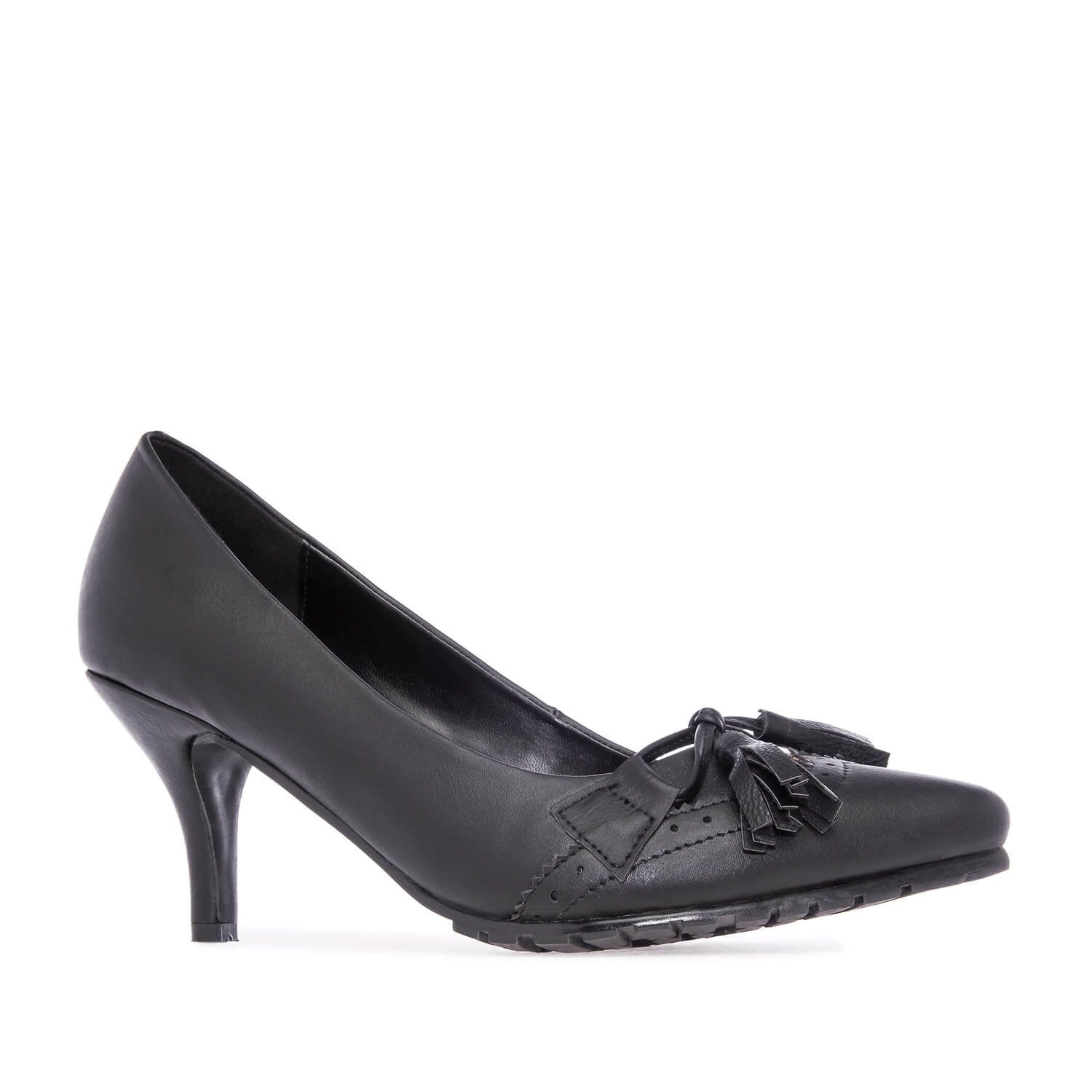 Tassle Pumps in Black faux Leather