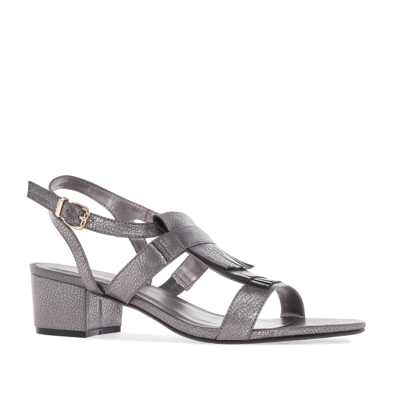 Sandale sa niskom štiklom, srebrne