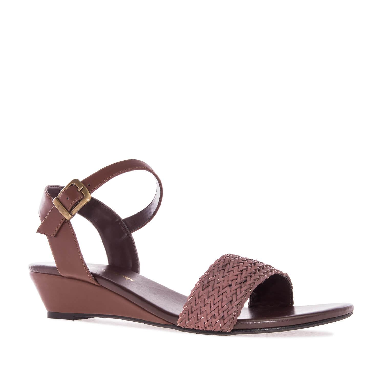 Sandale sa pletenim detaljima, soft braon