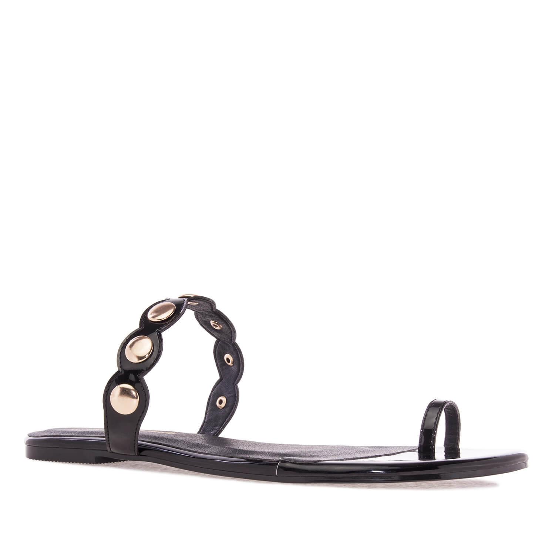 Ravne sandale sa ukrasnim nitnama, crne