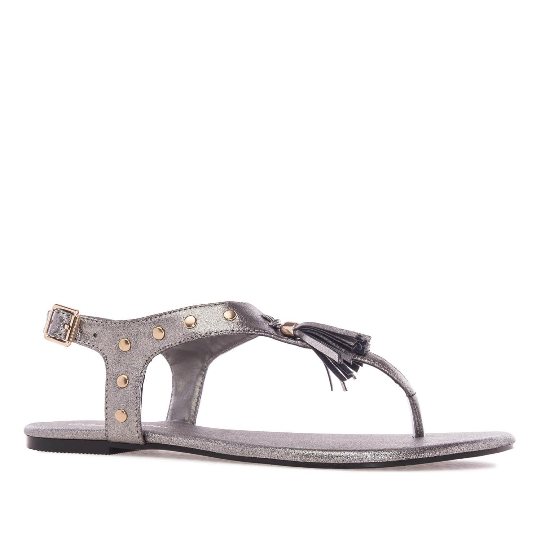 Ravne sandale sa ukrasnim detaljima, srebrne