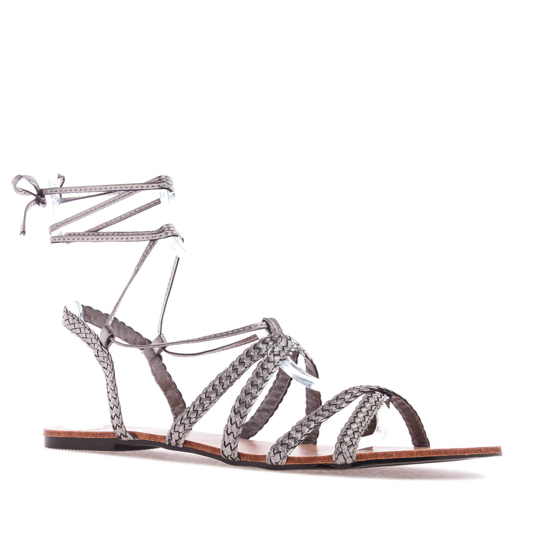 Sandale sa pletenim kaiševima, srebrne