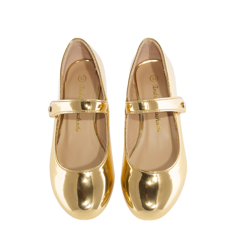 Lesklé baleríny Mary Jane na nízkém podpatku. Zlaté.
