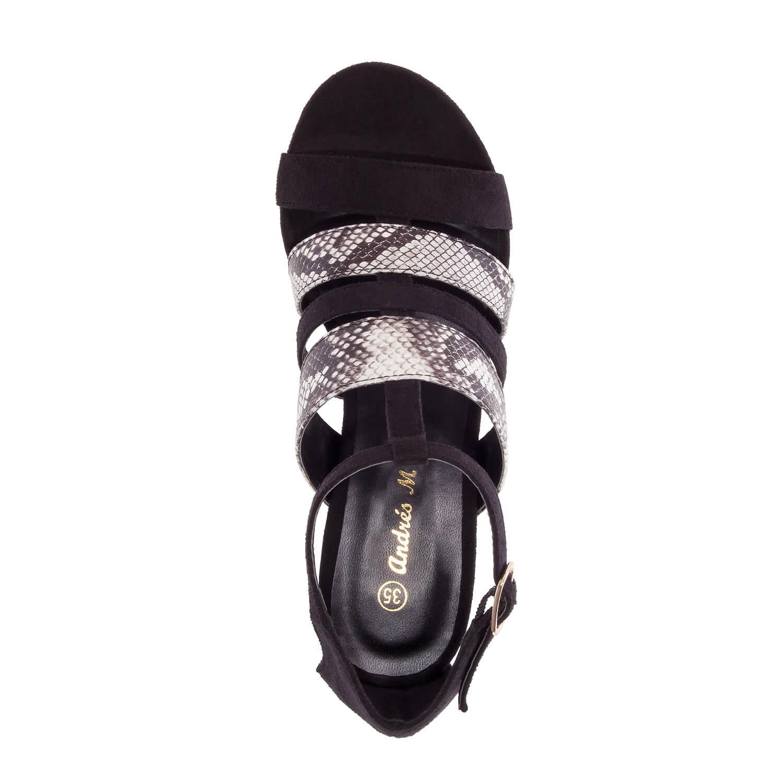 Sandalias de ante de color Negro.