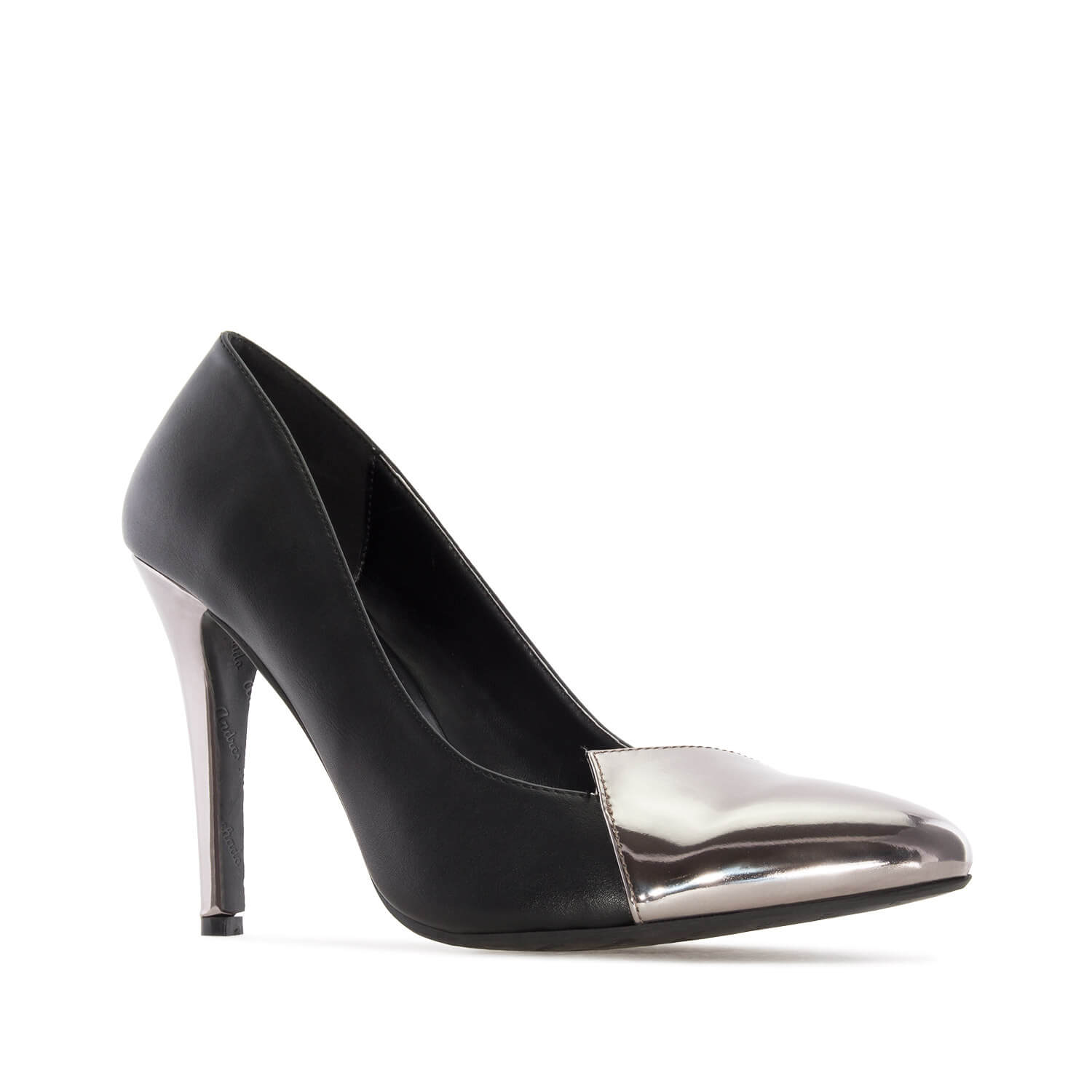 Pumps in Black faux Leather with Silver Patent Tip & Heel