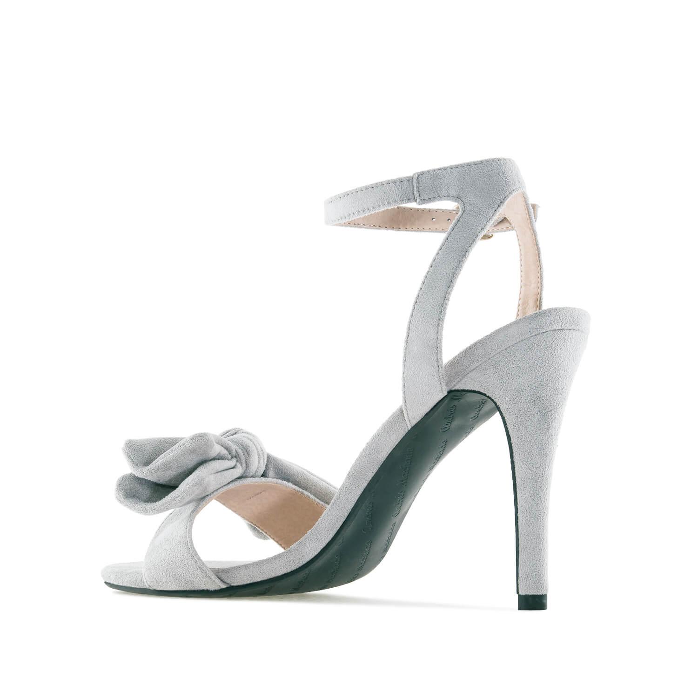 Elegantní vysoké sandálky s mašlí. Šedý semiš.
