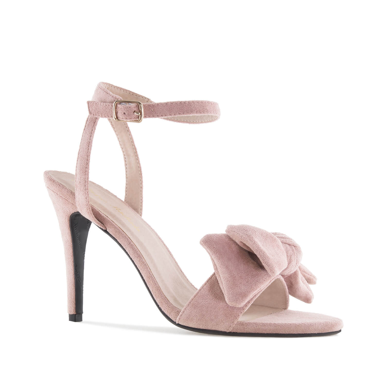 Elegantní vysoké sandálky s mašlí. Semiš v barvě růžové pudrové.