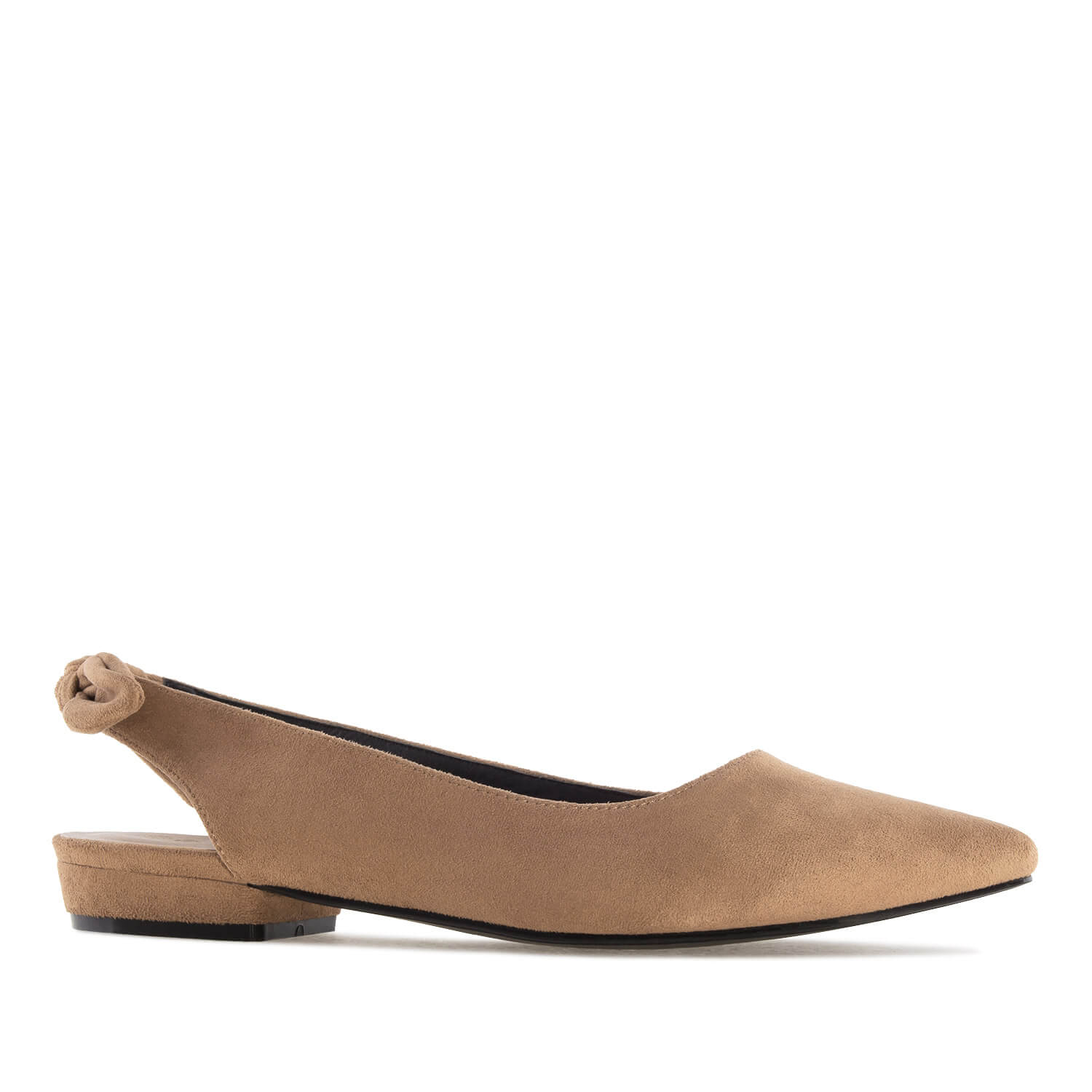 Ruskeat Ballerinat.