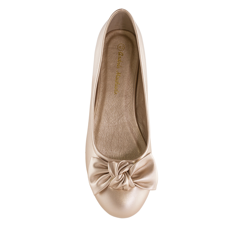 Kullan väriset Ballerinat.