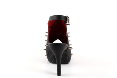 Ekstremne sandale sa bodjama za smele i odvažne dame