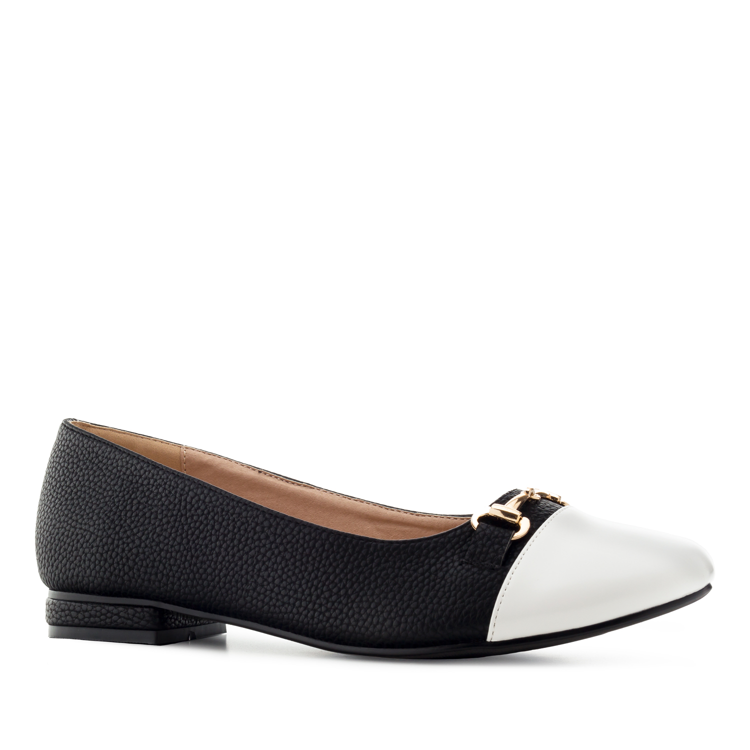 Ballet Flats in engraved Black faux Leather