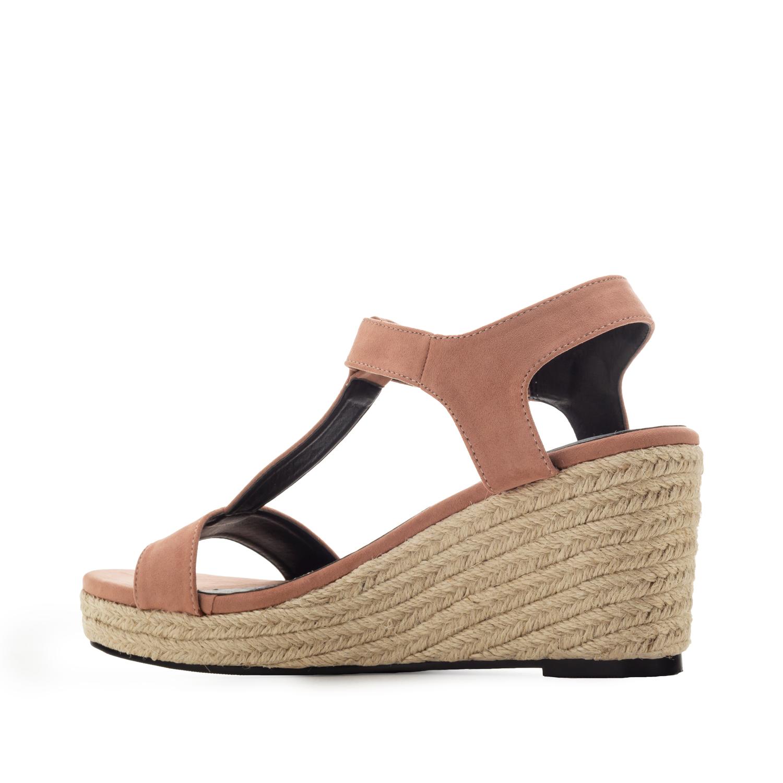 Nude T-Hihna kiilakorko sandaali