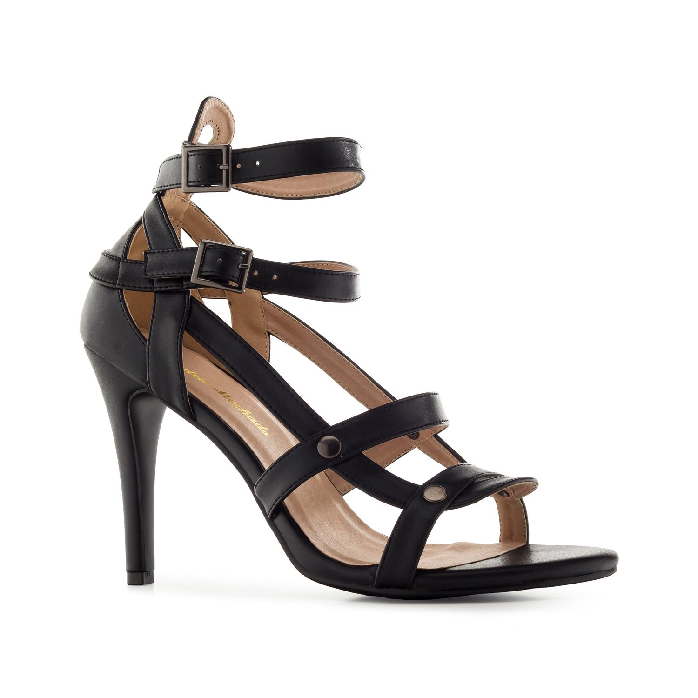 Páskové sandále na vysokém podpatku. Černé.