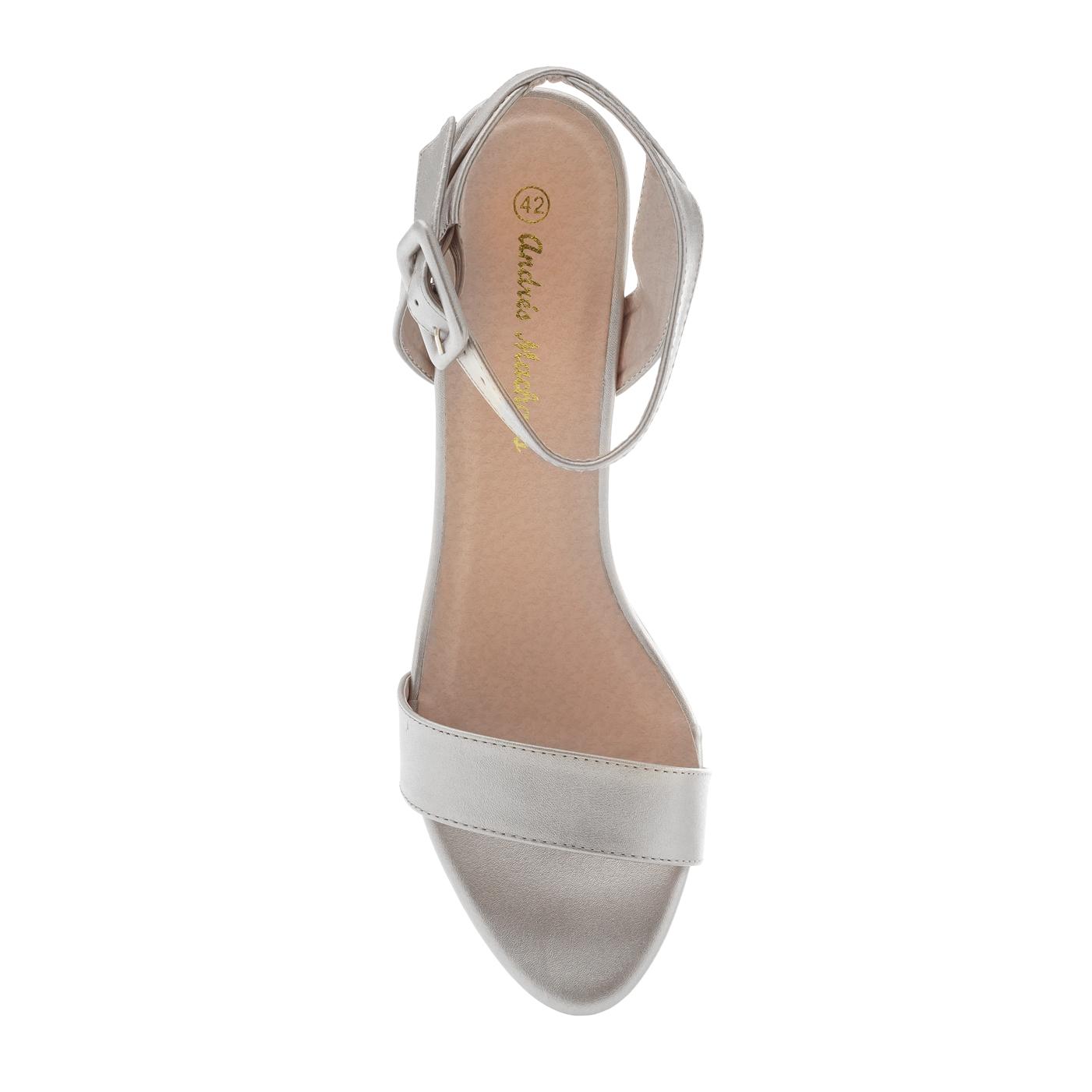Páskové sandále, vysoký podpatek. Stříbrné.