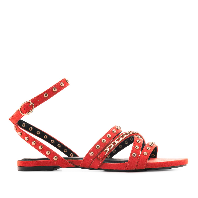 Páskové semišové sandále s cvočky. Červená.