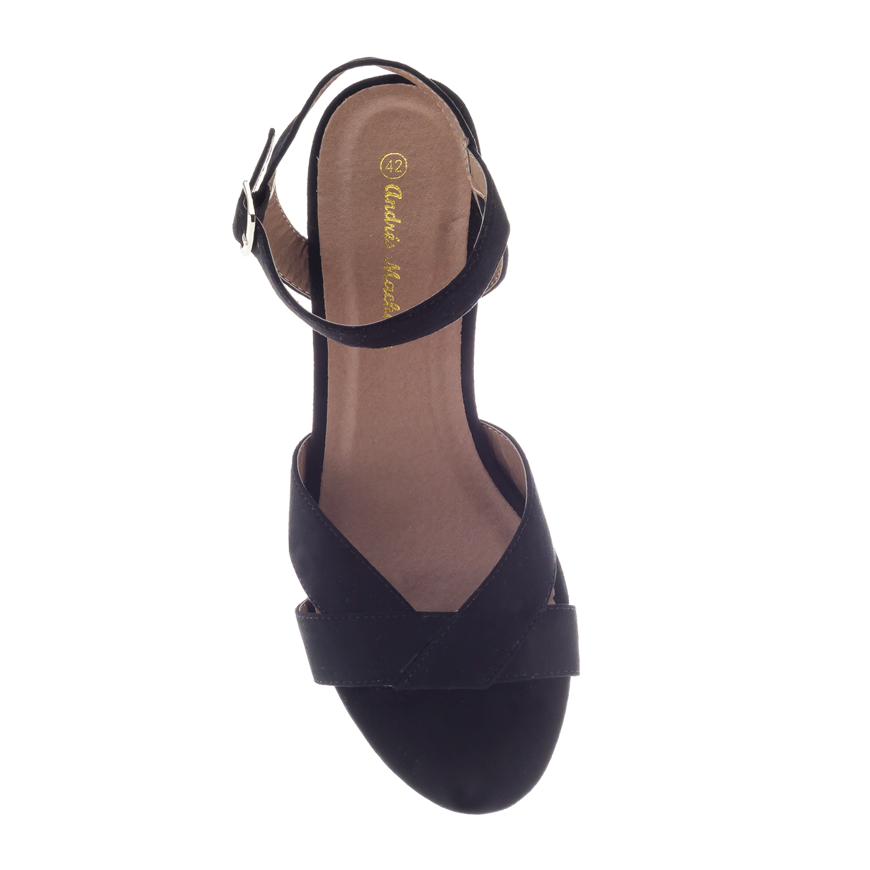 Sandalen aus schwarzem Velourleder