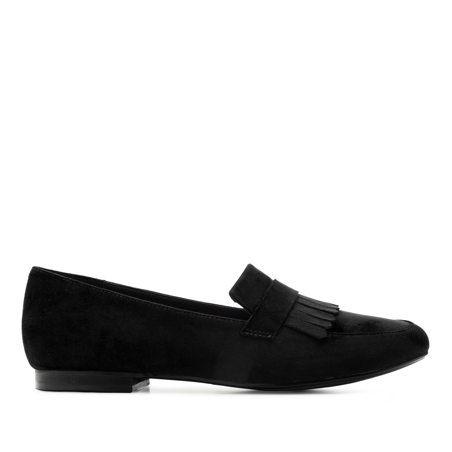 Mustat hapsu loaferit