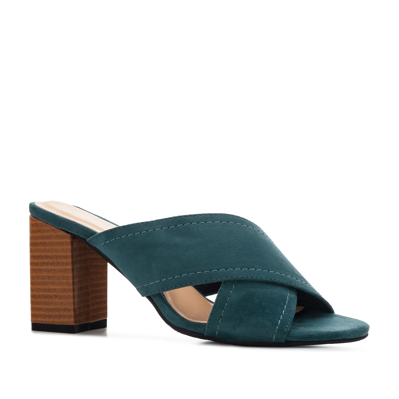 Pantofle styl mules. Modrý semiš.