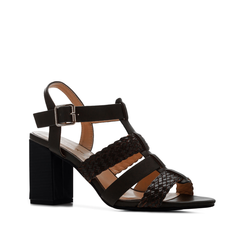 Páskové letní sandále, vysoký podpatek. Černé.