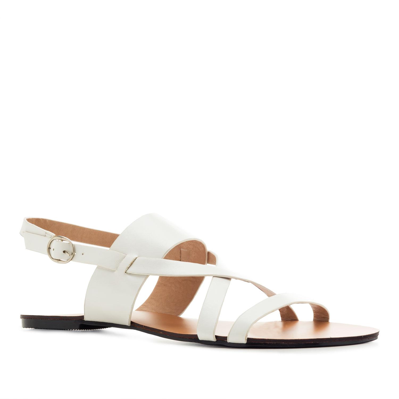 Elegantní páskové sandály. Bílé.