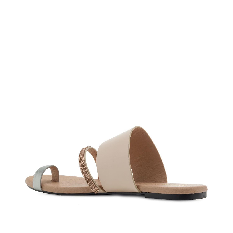 Beige sandaali
