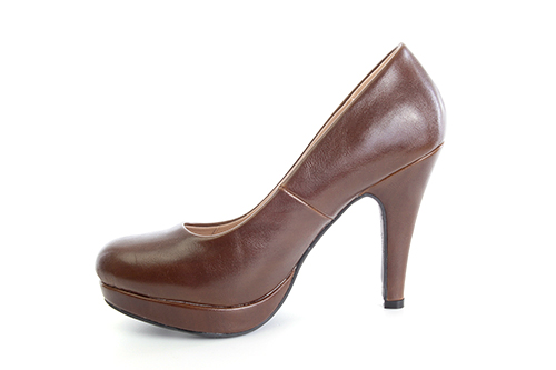 Salones Pumps en Soft Marron y Tacon Stiletto.