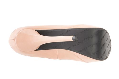 Cipele sa veoma visokom potpeticom i platformom, drap