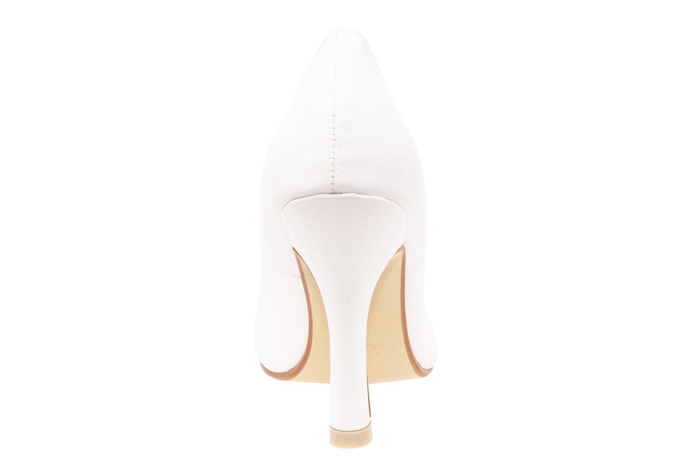 Zapatos Salon en Soft Beige y punta Fina