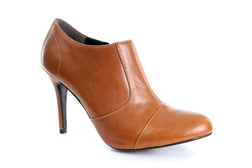 Poluduboke cipele na štiklu, svetlo smeđe