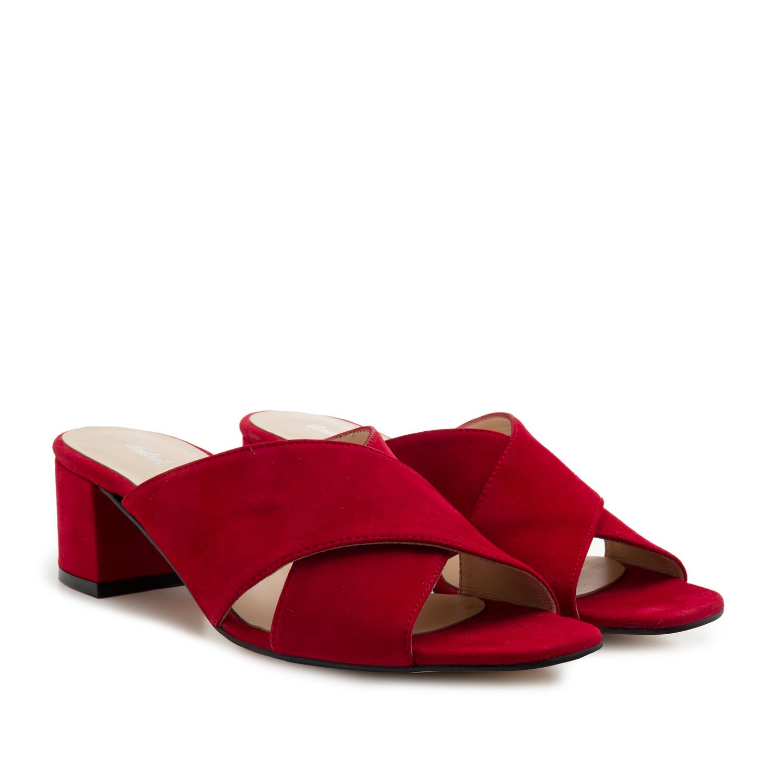 Kožené semišové pantofle. Červená.