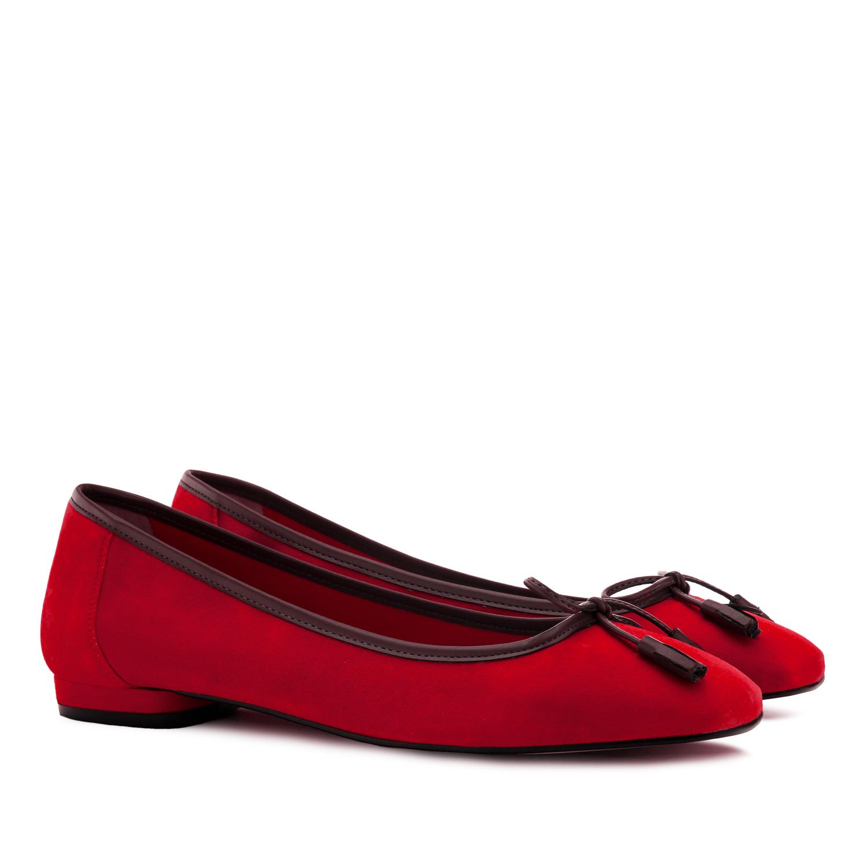 Baletanke od prevrnute kože sa mašnicom, crvene