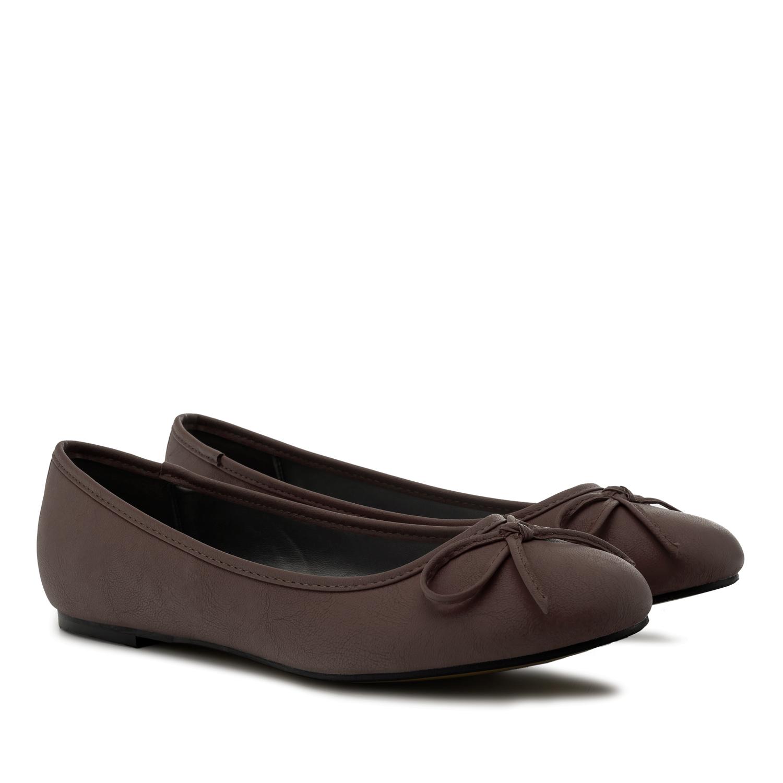 Bailarina Clasica en Pull Chocolate.