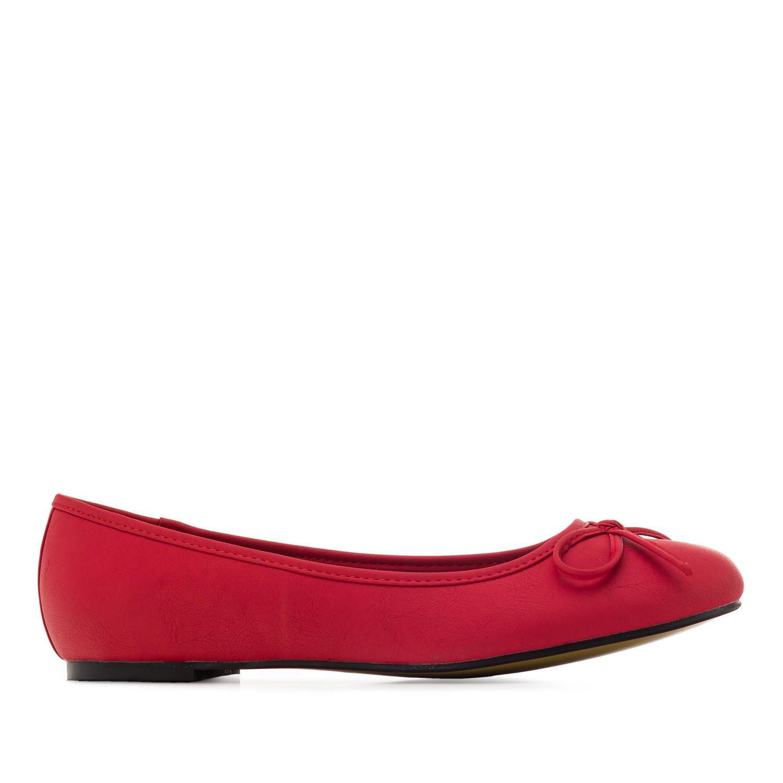 Bailarina Clasica en Pull Rojo.