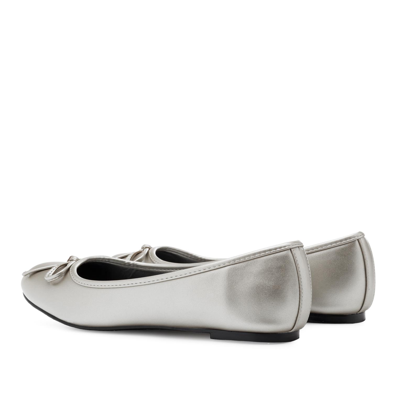 Klasične baletanke u srebrnoj boji
