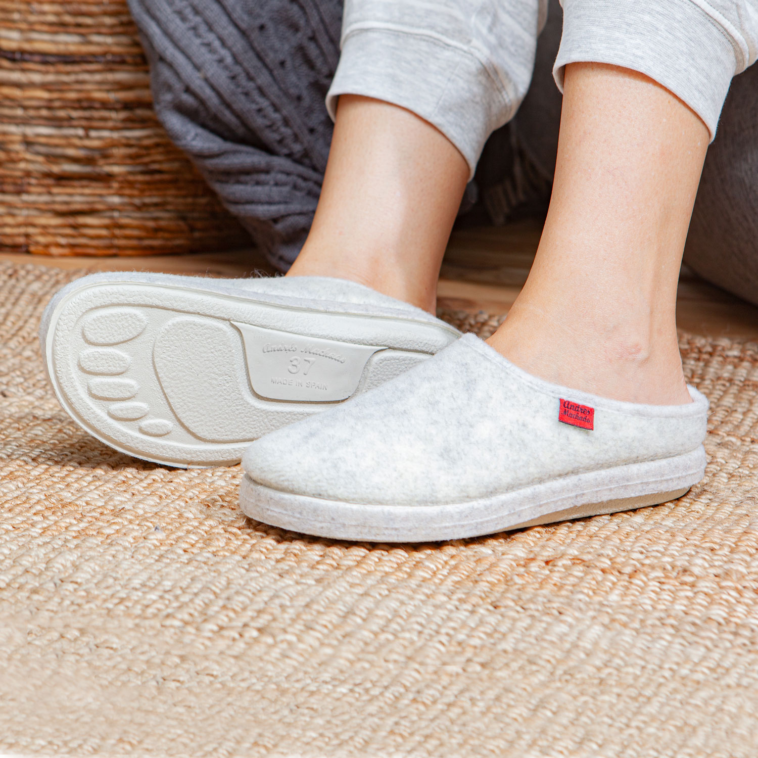 Very comfortable White Felt Slippers with footbed