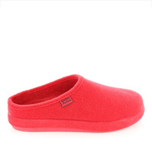 Módní červené bačkory- pantofle. Materiál jemná plsť.