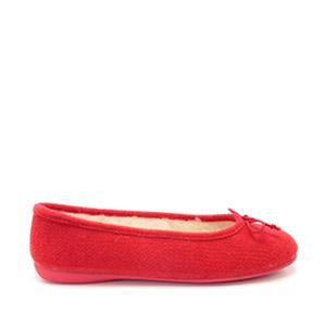 Bačkory ve stylu balerínek Alpino. Materiál jemná plsť. Barva červená.