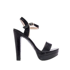 Extra vysoké páskové sandále, vzhled hadí kůže. Černé.