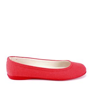 Jednoduché látkové baleríny. Červené.