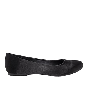 Classic Ballerinas in Black Satin